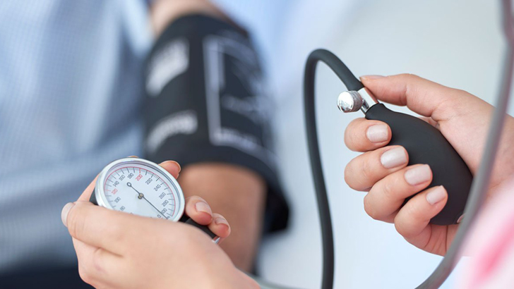 6 super foods for controlling high blood pressure