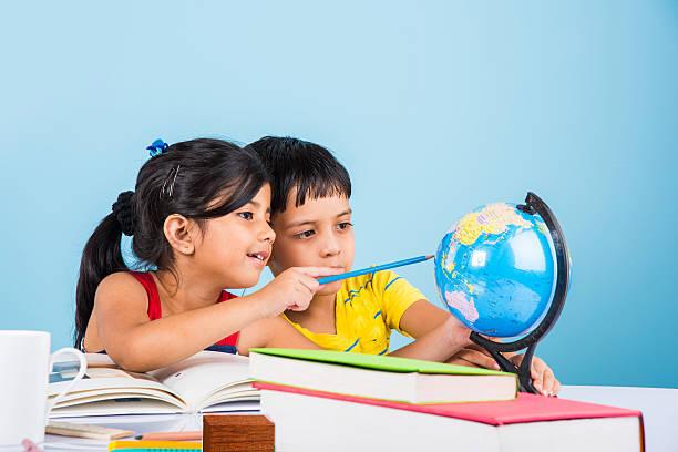 শিশুর পড়াশোনা : শিশুর জীবনে স্কুলের প্রয়োজনীয়তা